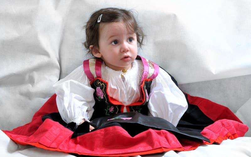 Анджела, девушка в традиционном платье стоковое фото rf