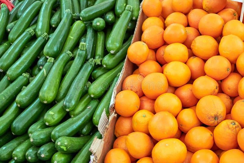 Апельсины и корнишоны стоковые фото