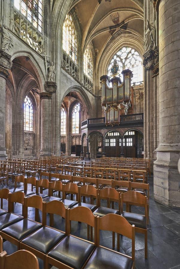 Аппаратура органа готической церков стоковая фотография rf