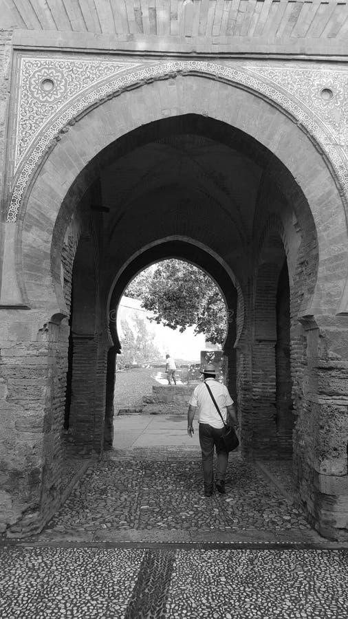 Арабская дверь Альгамбра черно-белая Гренада стоковое фото