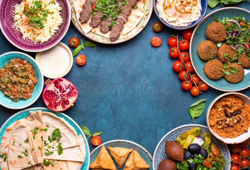 Арабская предпосылка блюд стоковая фотография rf