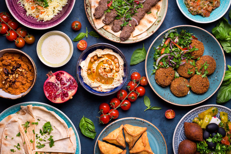 Арабские блюда и meze стоковое изображение rf
