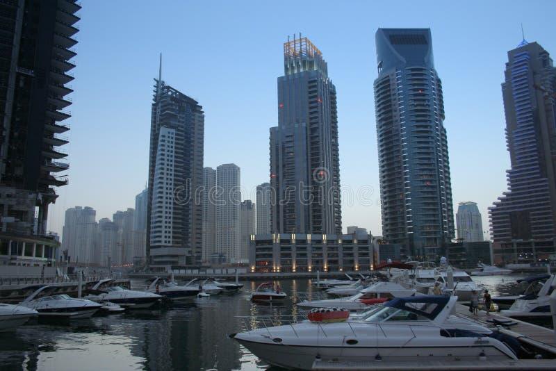 арабские соединенные небоскребы Марины эмиратов Дубай стоковые изображения