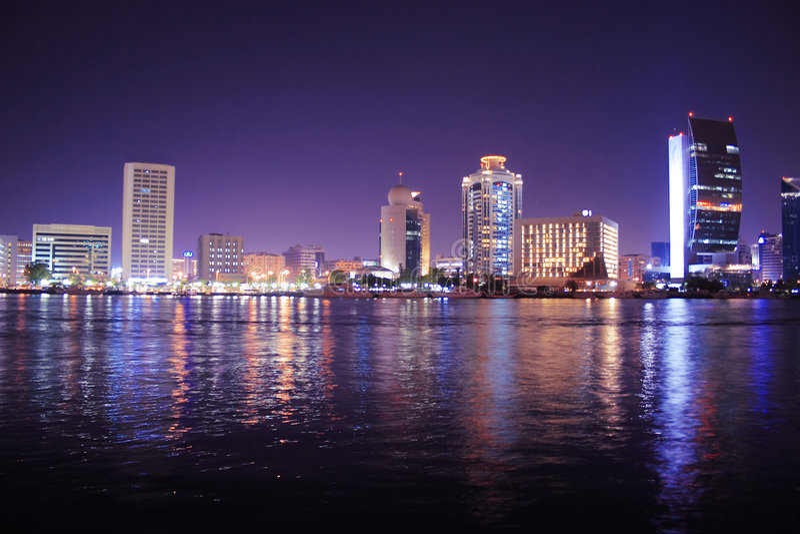 арабские соединенные эмираты Дубай заводи зданий стоковая фотография rf