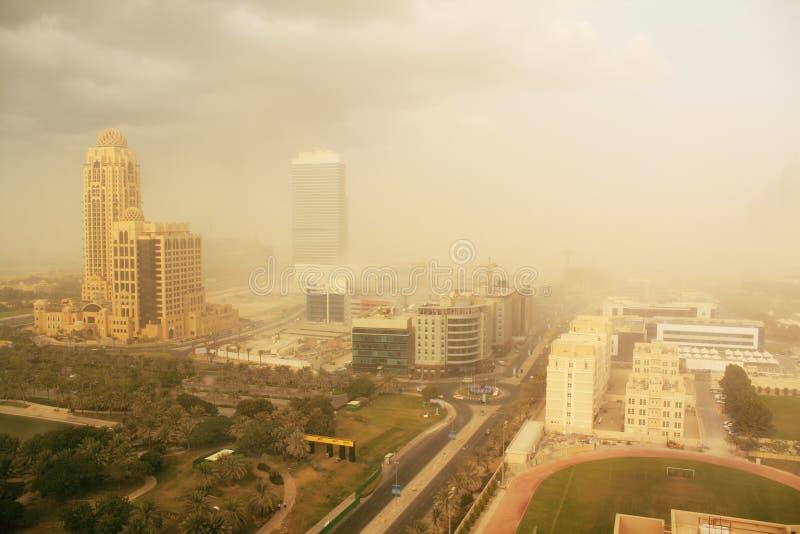 арабские эмираты пыли Дубай бушуют соединено стоковые фотографии rf