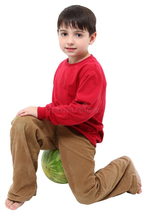 арбуз мальчика стоковые фото