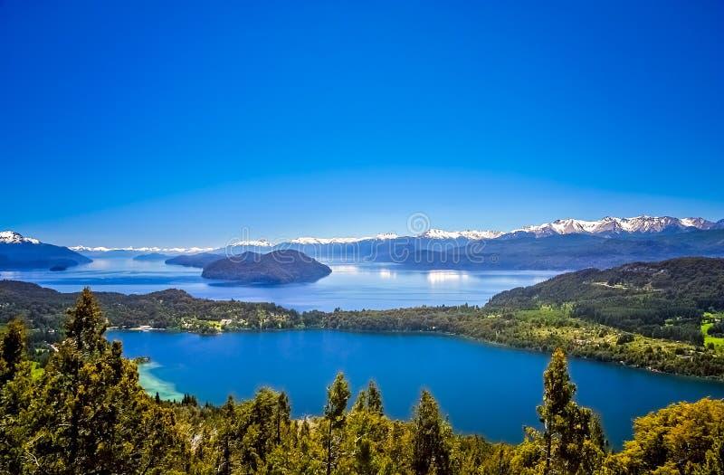 Аргентинское заречье озера стоковое фото rf
