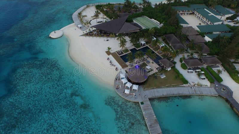 Ареальный взгляд курорта Мальдивов стоковая фотография