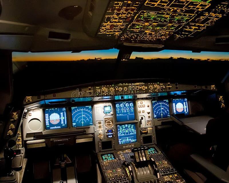 Арена пассажирского самолета Взгляд от арены во время стоковые изображения rf
