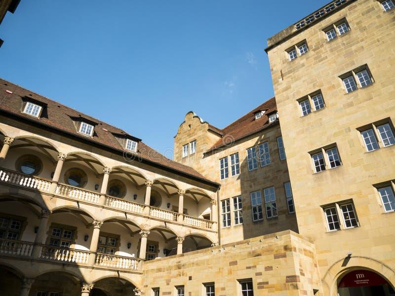 Аркада, заявляет замок музея старый, Штутгарт, Baden Wuerttemberg, Германию стоковые изображения