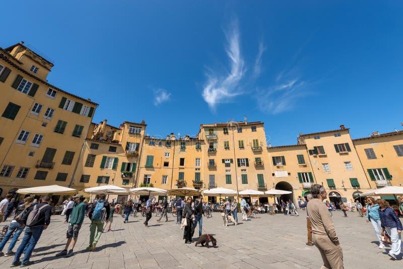 Аркада Anfiteatro - Лукка Тоскана Италия стоковая фотография