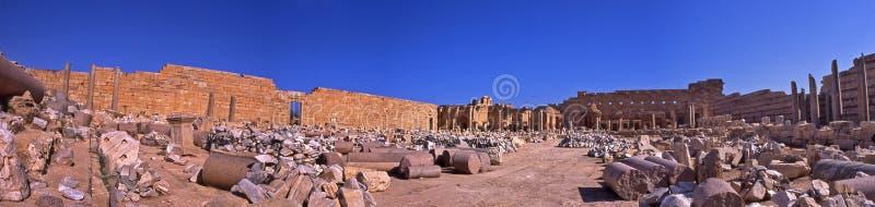Археология больших винных бутылок Leptis губит - Ливию стоковое изображение