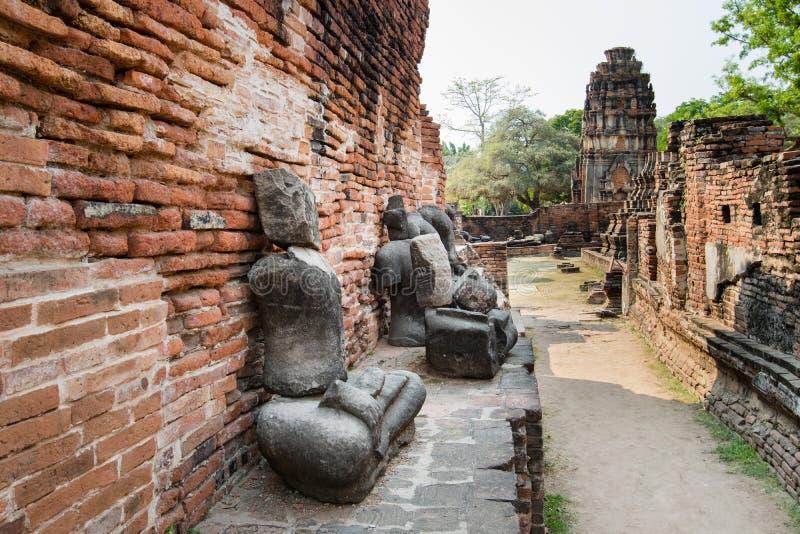 Археологические раскопки на виске Ayutthaya стоковое фото rf