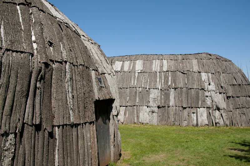 Археологические раскопки Tsiionhiakwatha Droulers - Квебек - Канада стоковая фотография rf