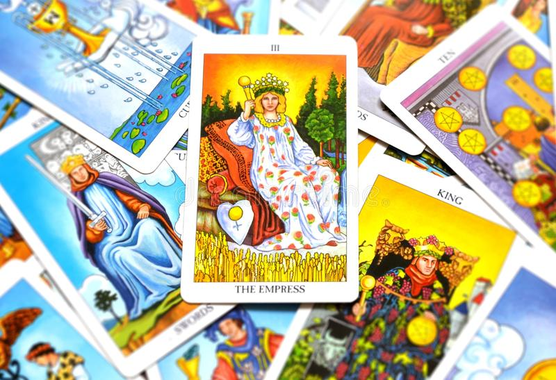 Архетип женщины мать-земли матери карточки Tarot императрицы быть матерью женственный бесплатная иллюстрация