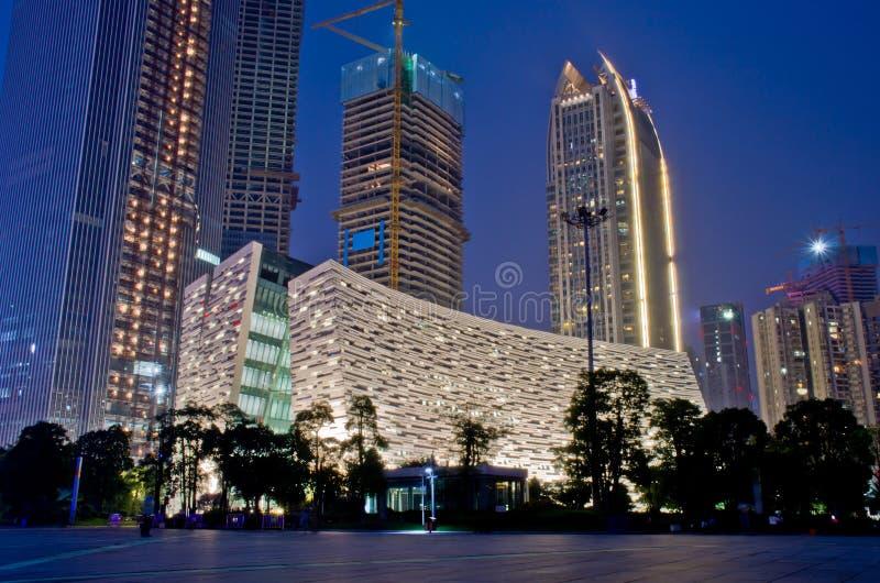 Архив Гуанчжоу новый на ноче стоковое изображение