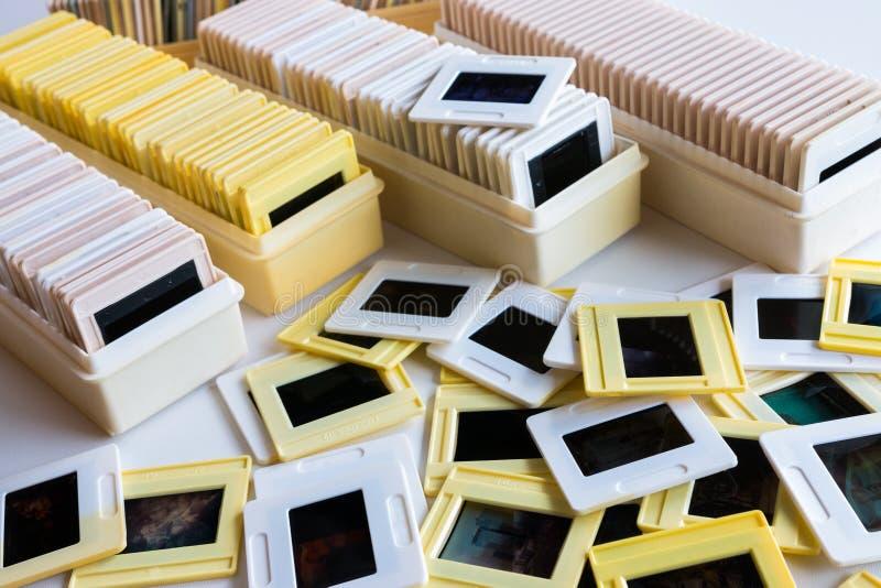 Архив фото скольжений фильма 35mm стоковые изображения rf