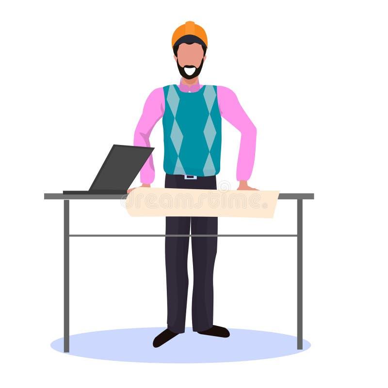 Архитектор в плане здания светокопии чертежа шлема используя ноутбук готовя инженера концепции проекта счастливого на рабочем мес бесплатная иллюстрация