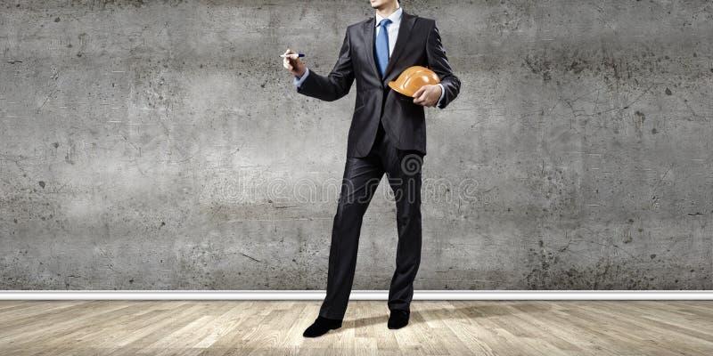 Download Архитектор человека стоковое изображение. изображение насчитывающей отметка - 41650577