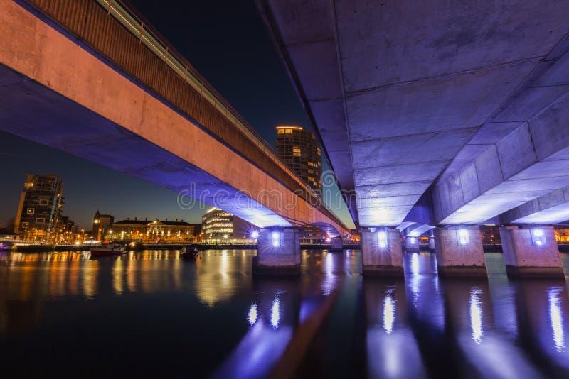 Архитектура Белфаста вдоль реки Lagan стоковое фото rf