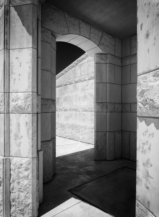 Архитектура винодельни, черно-белая стоковые фото