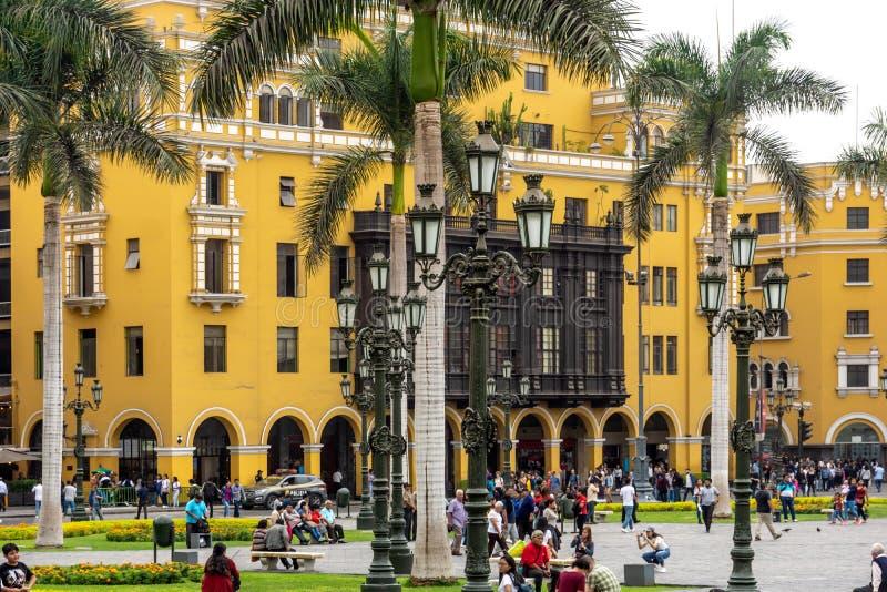 Архитектура вокруг площади Плаза Майор в центре Лимы, Перу стоковые изображения rf