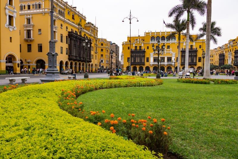 Архитектура вокруг площади Плаза Майор в центре Лимы, Перу стоковое изображение rf