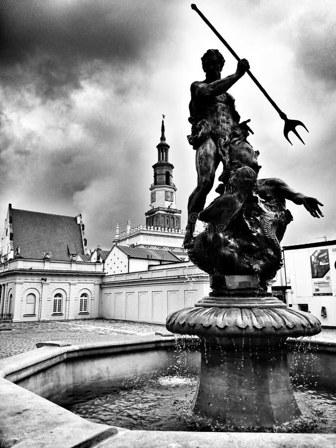 Архитектура в Poznan Художнический взгляд в черно-белом стоковое изображение rf