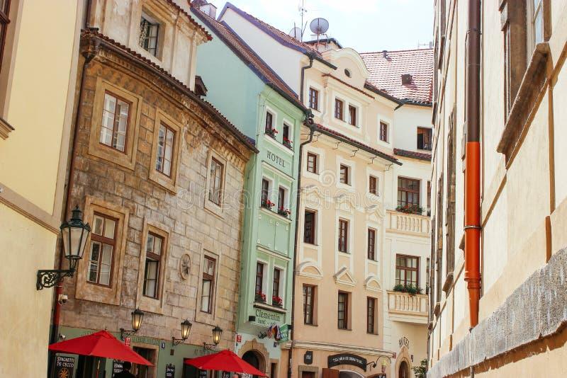 Архитектура зданий чеха Праги красочная стоковое фото