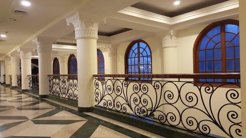 Архитектура украшенных штендеров и перил стоковое фото rf