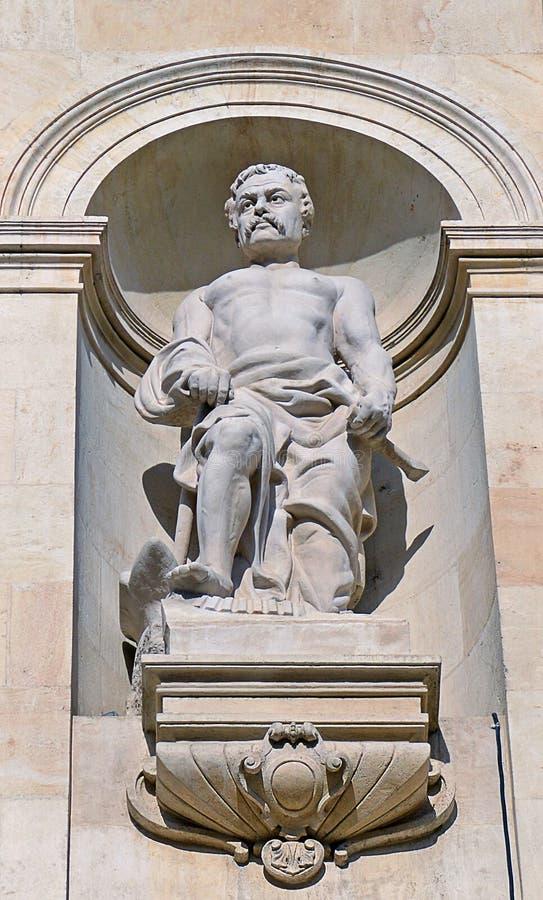 Архитектурноакустическая статуя Hephaestus (Vulcan) стоковые фотографии rf