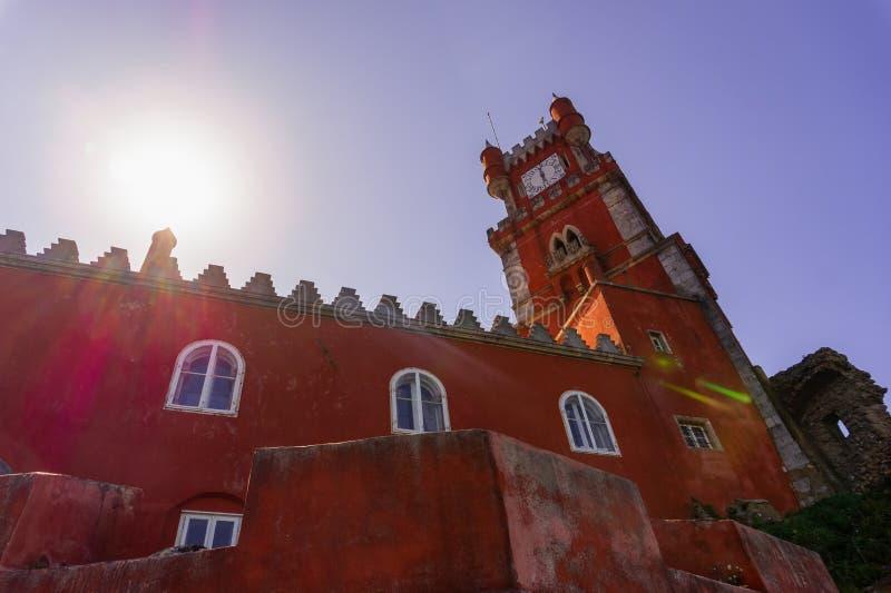 Архитектурноакустическая часть дворца Pena - дворца Romanticist в Sintra, Португалии стоковые фотографии rf