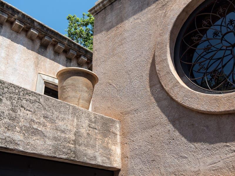 Архитектурноакустические детали, Tlaquepaque в Sedona стоковые изображения
