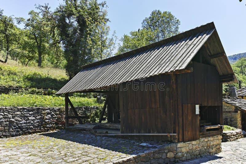 Архитектурноакустическое этнографическое сложное Etar, Болгария стоковое изображение rf