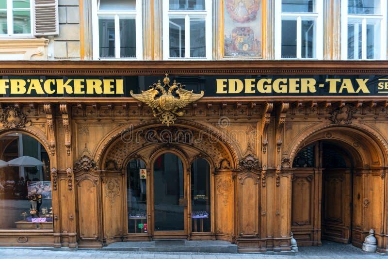 аскетизма Грац сентябрь 2018 Вход к имперскому Edegger-налогу пекарни, улица Hofgasse стоковое изображение