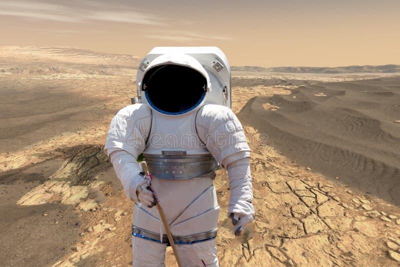 Астронавт делая его землю миссии на планете повреждает солнечная система b Элементы этого изображения поставленные NASA стоковая фотография