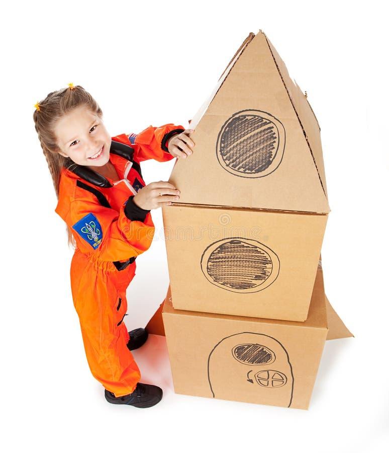 Астронавт: Принимать домодельную Ракету в космос стоковое фото rf