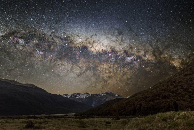 Астрофотография млечного пути в Новой Зеландии, пропуске Артур стоковые фотографии rf