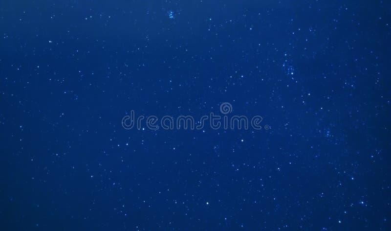 Астрофотография предпосылки неба ночи звездной стоковые фото