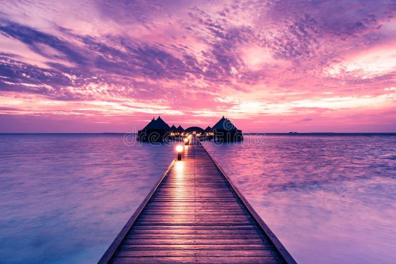 Атолл Angaga острова для релаксации в Индийском океане r стоковое изображение