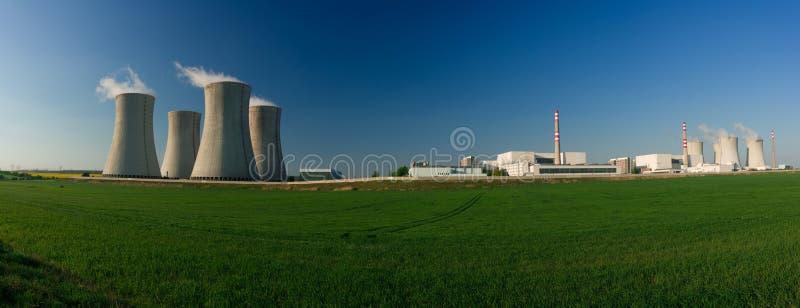 атомная электростанция стоковые фото