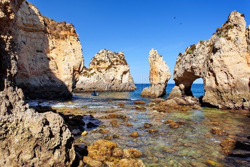 Атлантический океан - Лагос Алгарве Португалия стоковые изображения rf