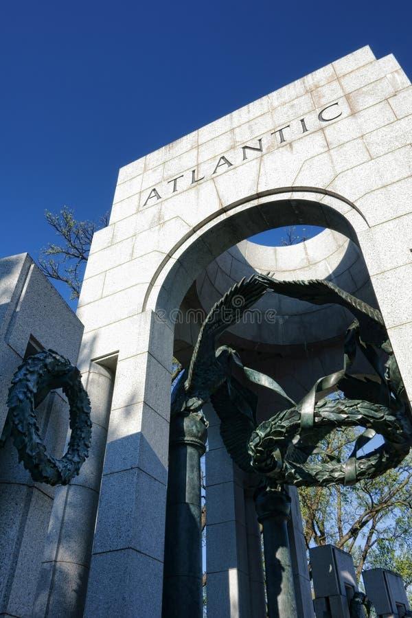 Атлантический триумфальный свод на мемориале Второй Мировой Войны стоковая фотография