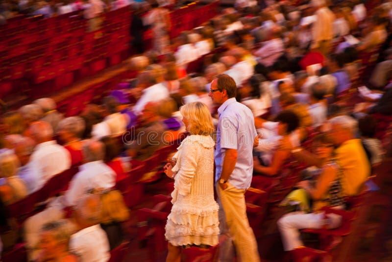 Аудитория в di Вероне арены, Италии стоковые изображения rf
