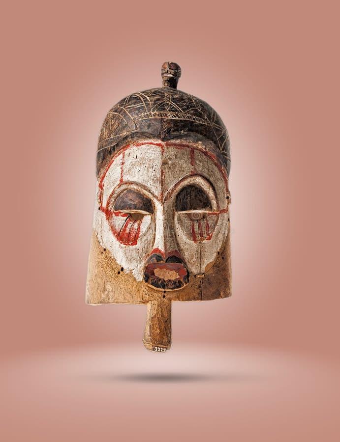 африканская изолированная маска стоковые фотографии rf