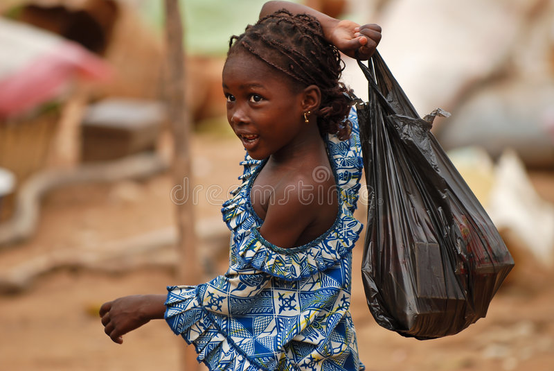 африканская пластмасса девушки мешка стоковые фотографии rf