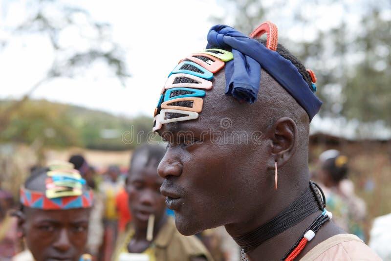 Африканский соплеменный человек стоковые изображения