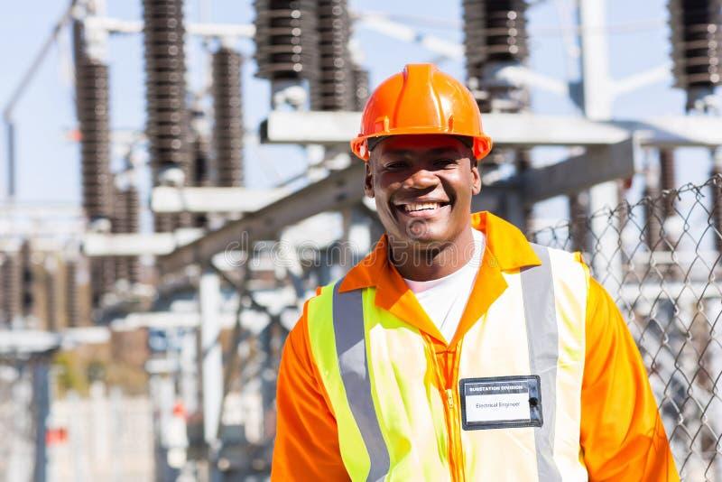Африканский инженер-электрик стоковая фотография