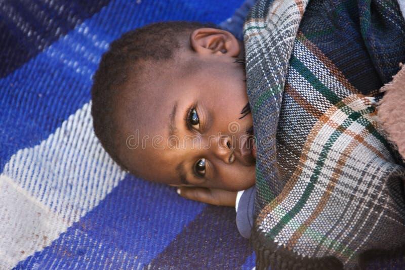 африканский ребенок сонный стоковое фото