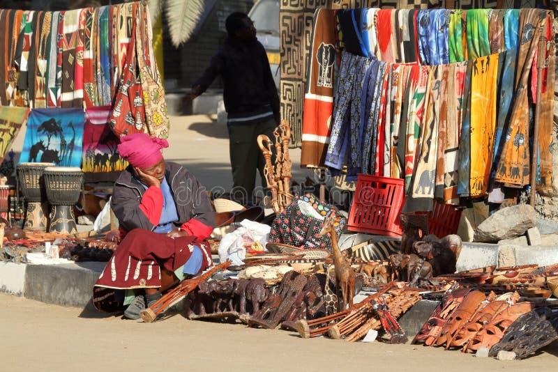 Африканский туристский рынок в Намибии стоковые изображения